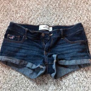 "Hollister Jean shorts Size 5  Waist 27"""